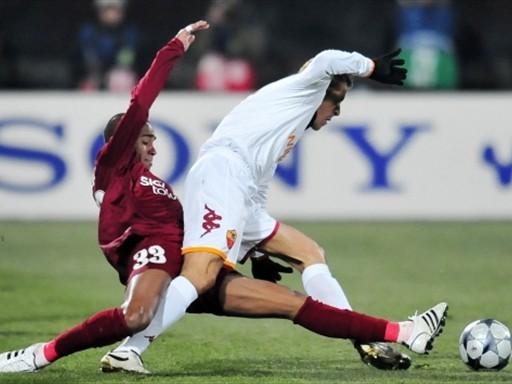 La Roma le devolvió la cortesía al Cluj y se cobró la revancha de la ida (Foto: FIFA.com / AFP)