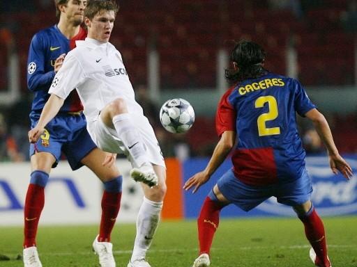 LA ROMPIÓ. Gladkiy fue la gran figura en el Camp Nou: marcó dos goles en el arco del Barcelona (Foto: FIFA.com / AFP)