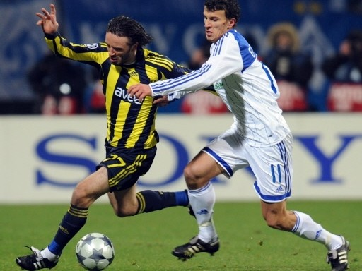 OPORTUNO. Eremenko apareció para liquidar al Fenerbahce, acaso uno de los clubes que menos respondió a las expectativas en la fase de grupos (Foto: FIFA.com / AFP)