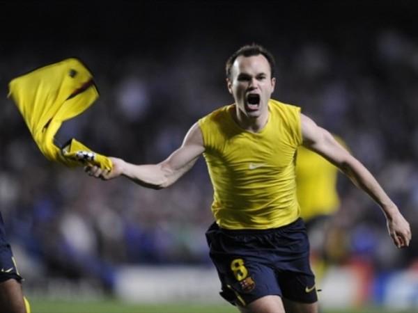 EL DIOS DE FUENTEALBILLA. Iniesta sacó el derechazo que hizo llorar a Stamford Bridge (Foto: FIFA.com / AFP)