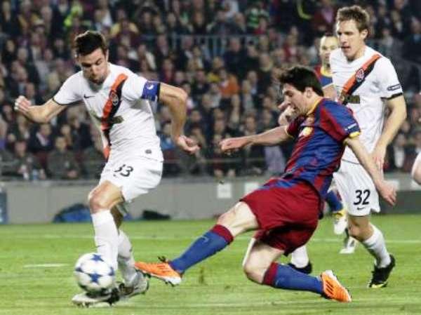 NO MOJÓ, PERO IGUAL PICÓ. A pesar de no marcar, Messi fue importante en el triunfo del Barcelona. (Foto: REUTERS)