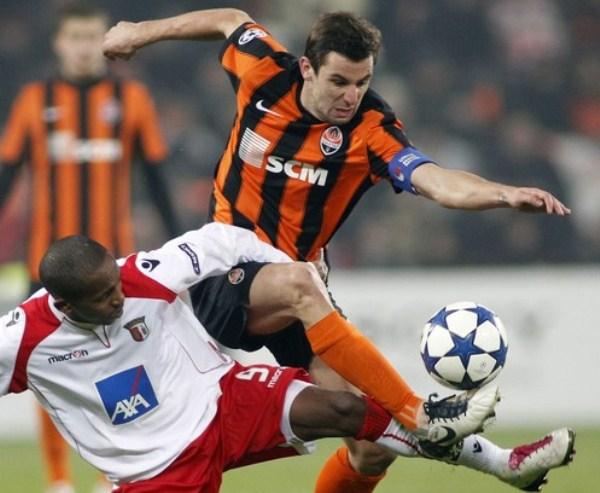 YA NO TE PERTENECE. Sporting Braga cayó en su visita a Ucrania y quedó en el tercer lugar. Ahora jugará la Europa League (Foto: AP)