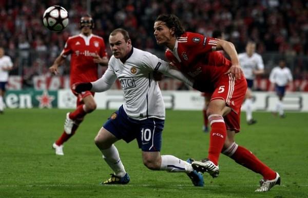 SIEMPRE PRESENTE. Wayne Rooney fue el hombre que más peligro sembró en la retaguardia bávara. Convirtió el primero del compromiso, pero al final se fue seriamente lesionado (Foto: AP)