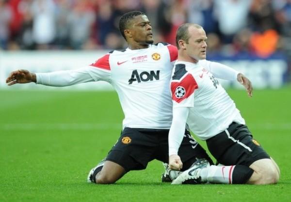 SOBRIO FESTEJO. Pese a decretar el empate, Rooney no se mostró jubiloso con su festejo. (Foto: AFP)