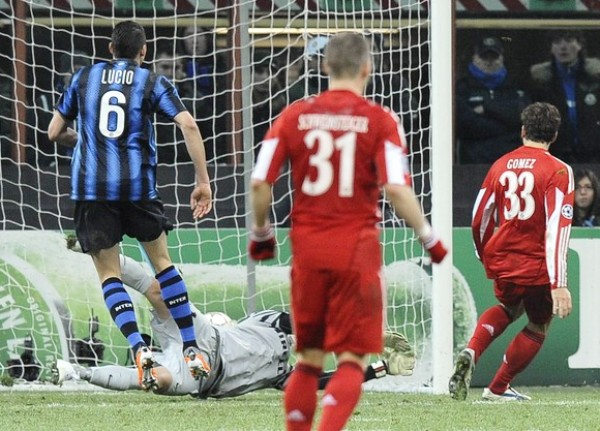 AGÓNICO GRITO. Gómez aprovechó un error de Julio César y le dio la victoria al Bayern. Gracias al agónico gol, los alemanes van tranquilos al encuentro de vuelta. (Foto: REUTERS)