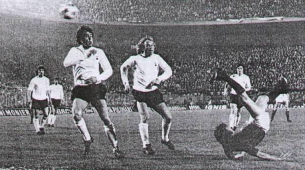 Partido entre Tottnham y Milan por la Copa UEFA 1971/1972, el único enfrentamiento de su historia (Foto: forum.acmilan-online.com)