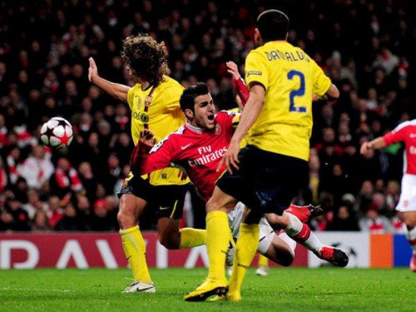 De un tiempo a otro, el duelo entre Arsenal y Barcelona ha acaparado la atención del aficionado. Se vieron las caras en una final y, hace poco, en Cuartos de Final de la Champions (Foto: elmundodeportivo.es)