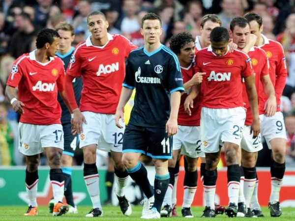 SON DEMASIADOS. A los 25' Darren Gibson abría el marcador en el Old Trafford y ponía la clasificación en el bolsillo de los 'Diablos Rojos'. (Foto: AP)
