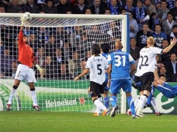 GENK 0-0 VALENCIA. Empate aburrido en Bélgica. El cuadro español no pudo sacar ventaja de la derrota de Leverkusen en paralelo. (Foto: AFP)