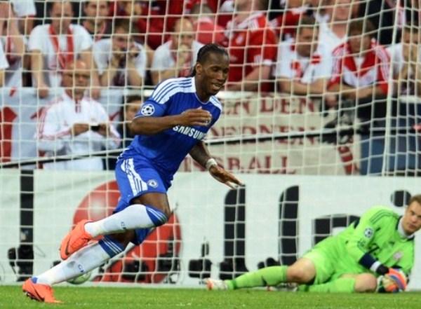 EL CAPO. Didier Drogba culminó una Champions inolvidable. El marfileño fue la figura indiscutible de la Final y del torneo. (Foto: AFP)