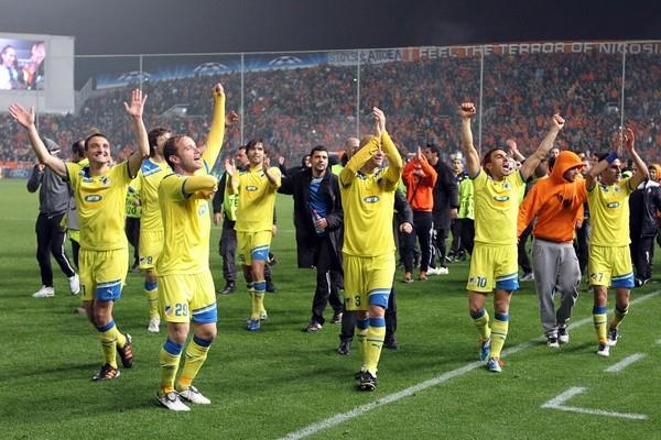 Eliminar al Lyon de la Champions le sirvió al club chipriota para disputar los Cuartos de Final y escribir el mejor capítulo en su historia a nivel internacional (Foto: AFP)
