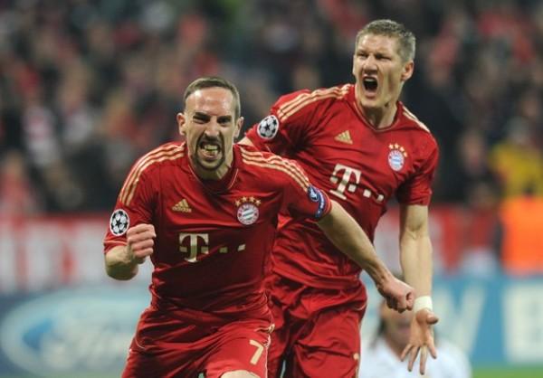 EL CAPO. Frank Ribery se hizo presente más que nunca en el Bayern y contribuó para que el conjunto alemán pudiera salir victorioso en el partido de ida. Álvaro Arbeloa todavía sueña con el volante francés. (Foto: AFP)