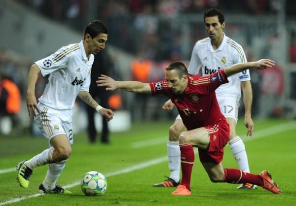 EL DUELO. Tanto Ribery como Robben, supieron ganarle el duelo por los extremos a Arbeloa y Coentrao. (Foto: AFP)