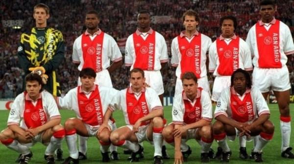 El gran Ajax de los noventa consiguió la cuarta 'Orejona' del club con Edwin Van der Sar en el arco. (Foto: Uefa.com)