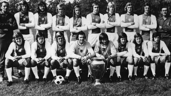 El famoso Ajax de Rinus Michels logró coronarse tricampeón de Europa. (Foto: UEFA.com)