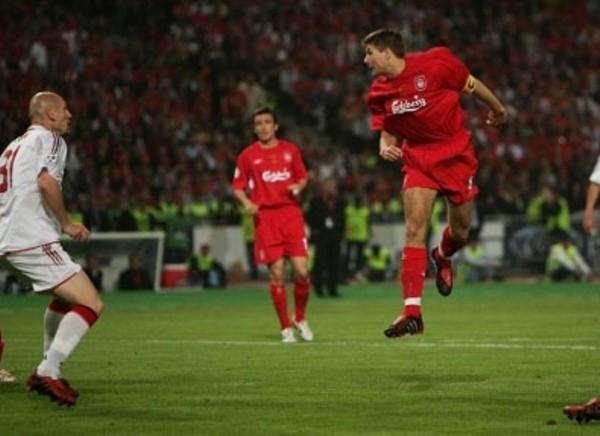 Gerrard comenzó al remontada de la recordada final de Estambúl 2005. (Foto: Uefa.com)