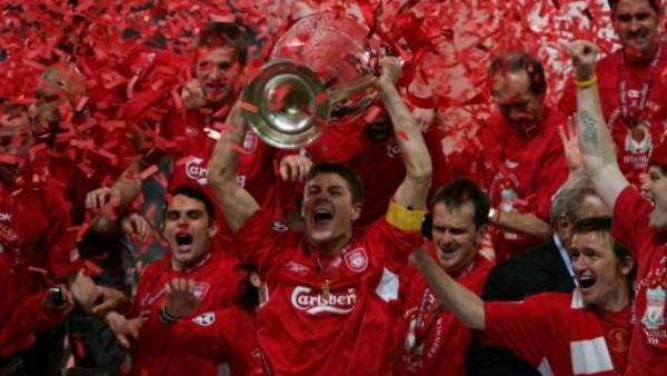 Liverpool alzó su quinto título de Champions en Estambúl. Dos años más tarde caería ante su mismo rival en la final de Atenas. (Foto: Uefa.com)