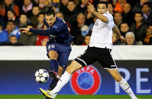 Usual protagonista en los triunfos del PSG, en esta jornada Zlatan Ibrahimovic destacó solo por la expulsión que se ganó en tiempos de descuento (Foto: AFP)