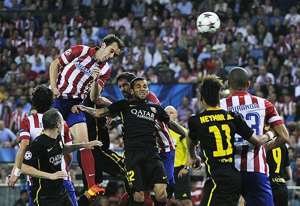 Atlético de Madrid no cedió espacios al Barcelona ni por arriba ni por abajo para poder conservar la mínima ventaja que le dio la clasificación a los de Diego Simeone (Foto: AFP)
