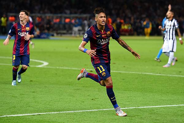 El actual Barcelona, con un imparable Neymar como parte de su ofensiva, se muestra como un equipo demoledor a comparación de años anteriores (Foto: afp)
