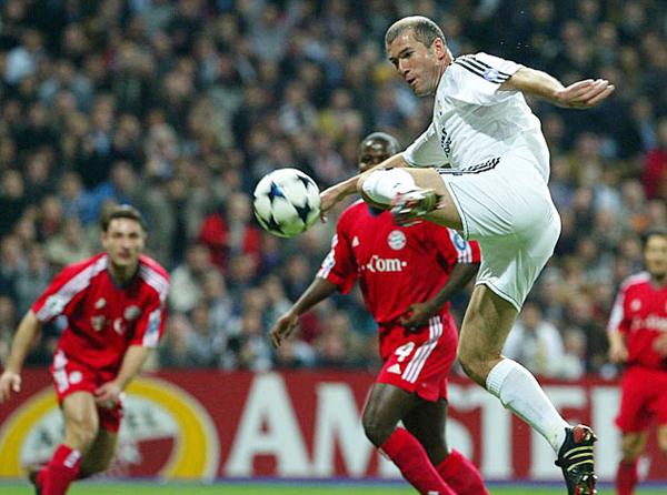 Zidane le ganó 2-0 en el único duelo que tuvo frente a Simeone con camiseta de Atlético (Foto: Marca).