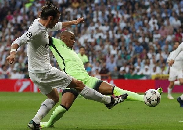 Un autogol de Fernando tras jugada de Bale le dio la clasificación a la final a Real Madrid. (Foto: AFP)