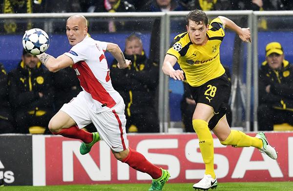 El Dortmund llegó el encuentro ante Monaco luego de superar el susto provocado por explosiones en su ómnibus. ¿Acaso estaba en condiciones el cuadro alemán de afrontar un partido así? (Foto: AFP)