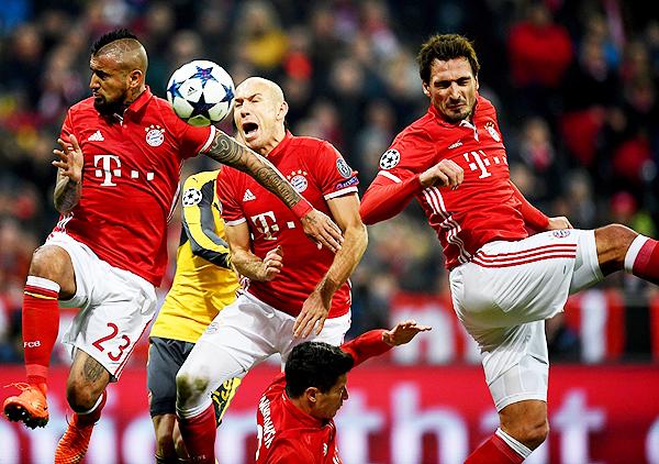 Vidal, Robben y Hummels, tres de los artífices de la goleada del Bayern sobre Arsenal. (Foto: AFP)