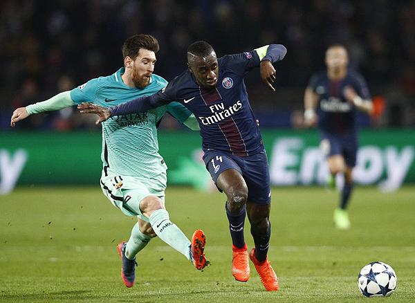 Lionel Messi tuvo una desafortunada noche en París. (Foto: EFE)