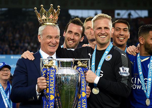 Claudio Ranieri pasará a la historia del Leicester City tras la obtención de la Premier League 2015/16 (Foto: EFE)