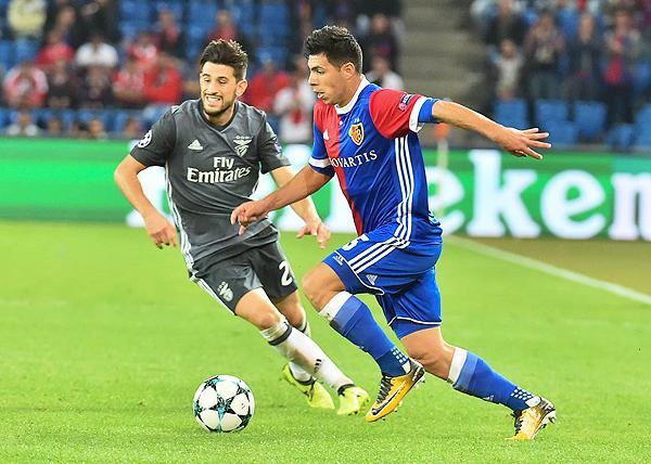 El paraguayo Blas Riveros fue una de las gratas apariciones en el Basel. De hecho, también se hizo presente en el 5-0 sobre el Benfica. (Foto: AFP)