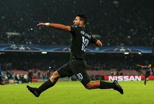 Sergio Agüero celebra su gol. El Manchester City es candidato a ganar la Champions League. (Foto: AFP)