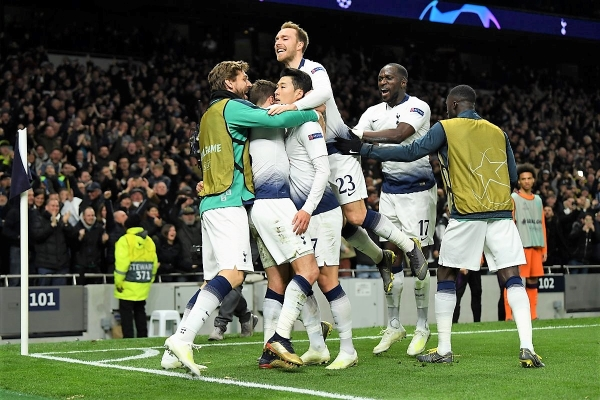 El grito de Son junto a todos los 'Spurs' quedará en la historia del nuevo estadio para 62,062 espectadores inaugurado en el lugar donde se erigía el viejo White Hart Lane. (Foto: Prensa Tottenham)