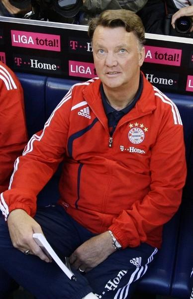 Louis van Gaal y su nueva aventura: conducir al Bayern Munich a los primeros planos de la Bundesliga (Foto: Reuters)
