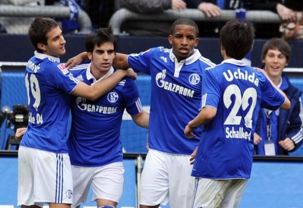La atención de Jefferson Farfán y compañía está más centrada en la Champions League. Schalke 04 no aspira a nada en la actual Bundesliga (Foto: AFP)