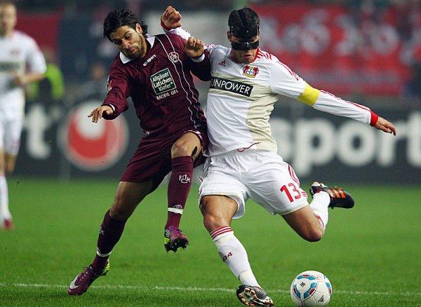 EL PRIMERO. El partido que abrió la jornada se realizó en Kaiserlautern, el equipo de la misma ciudad cayó ante Leverkusen por 0 a 2. (AP)