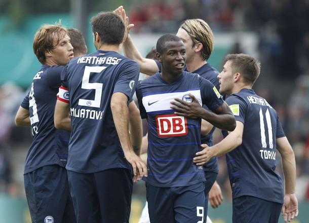 Tras su insospechado paso por la Bundesliga 2 y su inmediato retorno a la máxima categoría, Hertha Berlin ha potenciado algunas líneas para no peligrar más su permanencia (Foto: Reuters)