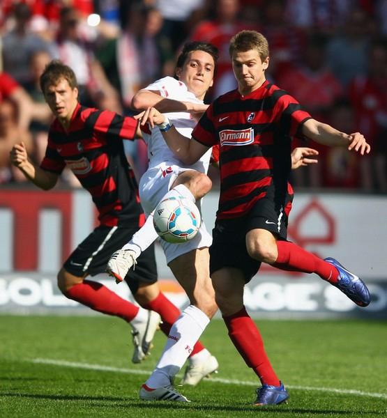 Como ya parece ser una constante, Friburgo nuevamente está condenado a sufrir con la zona de descenso en la Bundesliga (Foto: AFP)