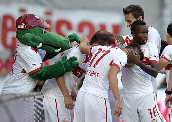 Pese a que no tiene jales rimbombantes, Stuttgarte pretende ganar los tres torneos que le toca disputar: Bundesliga, Copa de Alemania y Europa League (Foto: AFP)