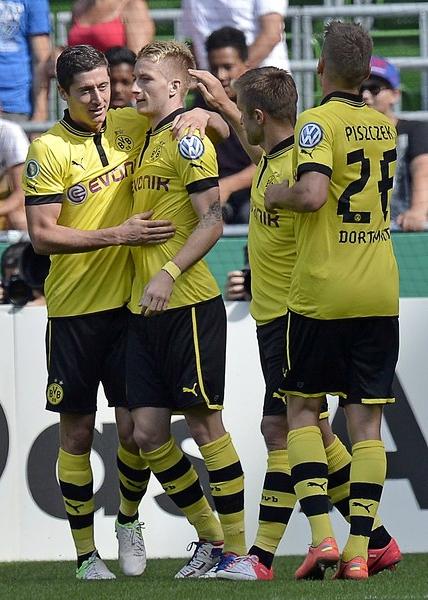 Pese a algunas bajas en su plantilla, Borussia Dortmund va en busca de su novena Bundesliga (Foto: AP)