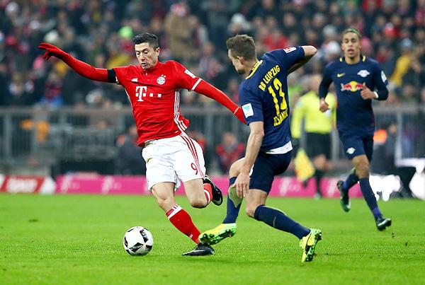 Red Bull Leipzig se reveló ante los grandes. Sin embargo, frente al Bayern no pudo dejar de ser sometido. (Foto: AFP)