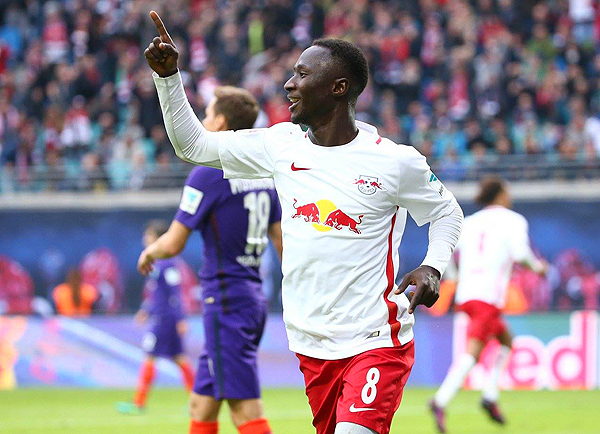 Naby Keita representa el juego veloz y agresivo de RB Leipzig en la Bundesliga. (prensa Leipzig)
