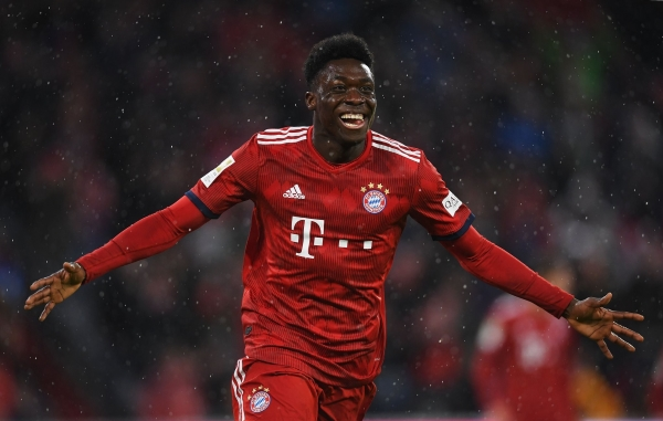 Davies muestra su talento con el Bayern. (Foto: Prensa Bayern)