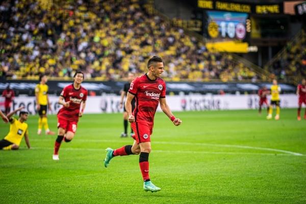 Borré, del Río de la Plata al Meno para llevar sus gritos de gol al Eintracht. (Foto: AFP)