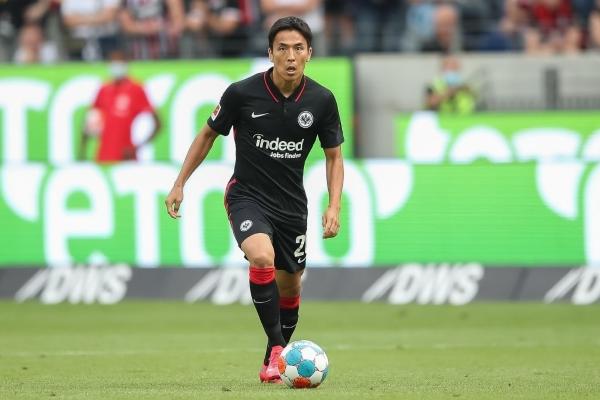 Hasebe, todo un ícono japonés en la Bundesliga. (Foto: AFP)