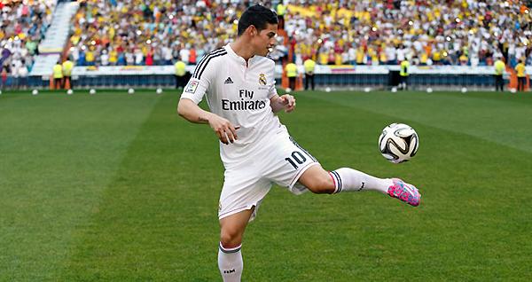 James Rodríguez, pese a todo el marco publicitario, tiene mucho por hacer para convencer a la hinchada de Real Madrid (Foto: AP)