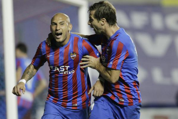 Martines es el goleador de Levante. (Foto EFE)