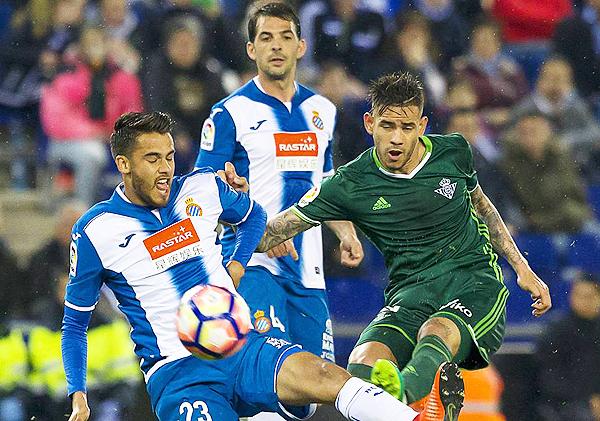 ¿El Real Betis o el Espanyol? ¿Alguno de esos dos equipos podrá sorprender en España? (Foto: AS)