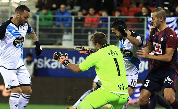 La Coruña y Eibar compiten basicamente para cumplir una campaña decorosa. (Foto: La Liga)