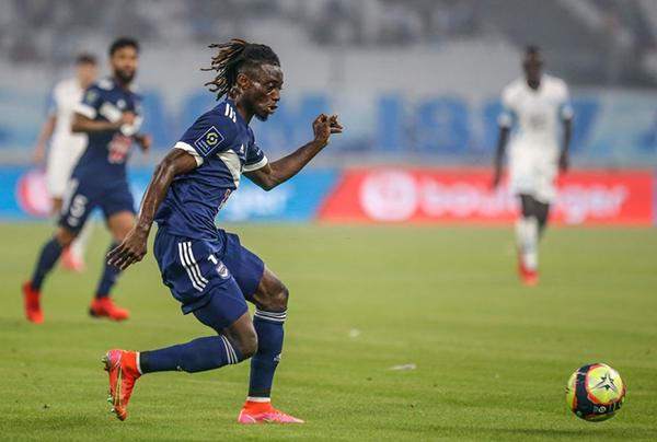 Mensah, un prometedor lateral que despierta muchas expectativas en el Bordeaux. (Foto: AFP)